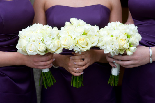How-To-Save-Money-as-a-Bridesmaid